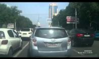 Rusijos kelių kasdienybė - vairuotojų kovos