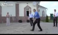 Visiškas išsitaškymas per rusiškas vestuves