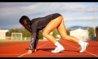 Sportuojam su aštuoniolikine mergyčka