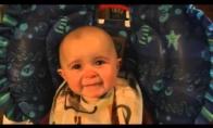 Kūdikis susigraudina nuo mamos dainos