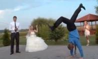 Laukiniai šokiai rusiškose vestuvėse