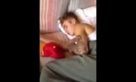 Justin Bieber pagautas su prostitute lovoje