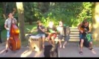 Talentingi gatvės muzikantai Rusijoje