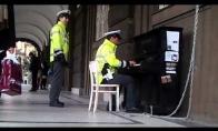 Čekijos policininkai - afigeni!
