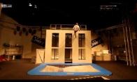 Neįtikėtini batuto akrobatai