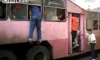 Kelionė autobusu kubietiškai