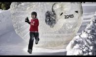Žmonių boulingas - linksmiausias žiemos sportas