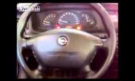 Beprotiškai smagus Opel'is