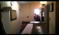 Tualetinio popieriaus ataka prieš mamą