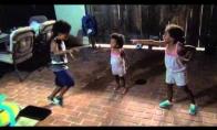 Vaikiškas šokių mūšis
