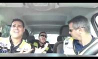 Kaip linksminasi policininkai kol nėra iškvietimų?