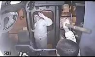Tašės vagis sulaukia vairuotojo keršto