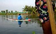 Tailandietiškas dragas ant vandens