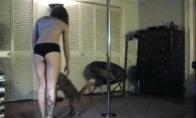 Katinui irgi patinka striptizas
