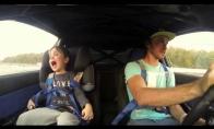Smagiausias vaikio pasivažinėjimas