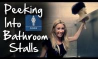 Gąsdinam merginas tualete