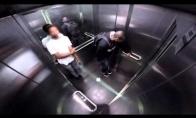 Trydos prikolas lifte