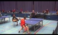 Neįtikėtinas stalo tenisininko smūgis