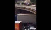 Kai protestuoja Paryžiaus taksi vairuotojai