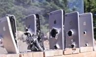 Kiek iPhone'ų reikia kalašnikovo kulkai sustabdyti?