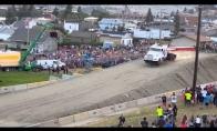 Sunkvežimis pasiekia naują šuolio rekordą