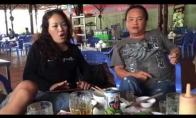 Girti vietnamiečiai sudainuoja nuo dūšios