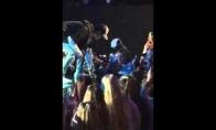 Justin Bieber nutraukia koncertą vos po vienos dainos