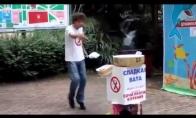 Pardavėjas-šokėjas
