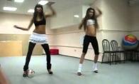 Seksi šmeksi merginų šokis