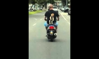 Šuniuko kelionė motociklu