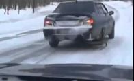 Jei žiemą neturi atsarginio rato
