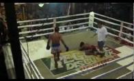 Beprotiškas Muay Thai mušis