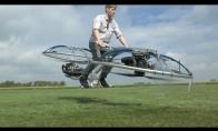 Vyrukas pasigamina skraidantį dviratį