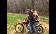 Piktas motociklas