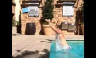 Kaip reikia išlipt iš baseino