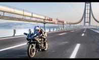Važiavimas greičiausiu pasaulyje motociklu