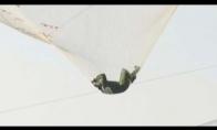 Kvapą gniaužiantis šuolis be parašiuto
