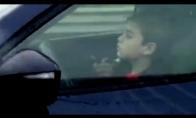 Vaikas važiuoja autostrada 100km/h greičiu