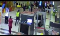 Automobilio gaudynės Rusijos oro uoste