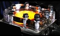 Sulėtintas permatomas vidaus degimo variklis