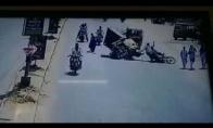 Atsipūtusi moteris sukelia masinę avariją