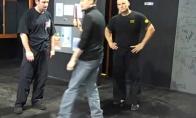 Kaip apsiginti nuo užpuolimo peiliu
