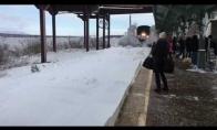 Dramatiškas traukinio atvykimas