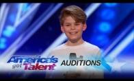 Žiauriai talentingas vaikas šokėjas
