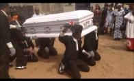 Kaip atrodo laidotuvės Ganoje