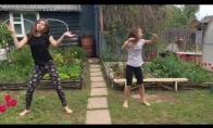 Tėtis sugadina dukrų šokio video