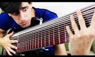 15 stygų bosinė gitara