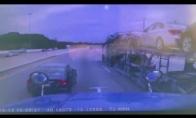 Nepavykęs bandymas išsukti iš greitkelio