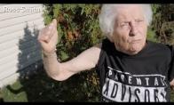 Močiutė - Eminemo gerbėja