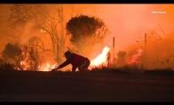 Vaikinas išgelbsti triušiuką iš gaisro